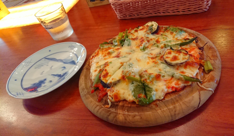 マーロウ野菜ピザ